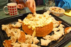 Bacon & corn cob loaf dip 250g diced bacon 425g tin of creamed corn 250g tin of corn kernels, drained 250g Cream Cheese 1 small carton of sour cream 2 shallots 1 Cob Loaf