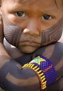 Niño índigena  TRANSLATION: INDIGENOUS CHILD.  My question: Indigenous to what country??
