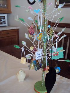 Bible Easter Tree- Read Bible stories related to the resurrection and make an ornament to match. Too cute!!