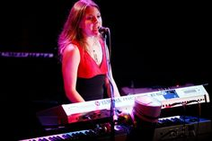 Announcing our new live keyboard player! www.reverbnation.com800×534画像で検索 Hailing from Wisconsin, Russell is a Berklee College of Music alum and studio and touring keyboardist/vocalist who has toured with major label artists such ...  KEYBOARDS,SYNTHESIZER PLAYERS - Google 検索