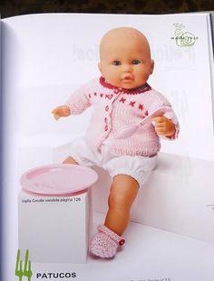 Un bonito diseño para los muñecos nenucos: Crochet Gratis, Baby Born, Doll Accessories, Doll Patterns, Couture, Barbie, Diy And Crafts, Zara, My Style
