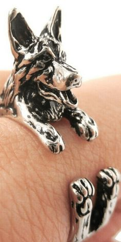 Cute German Shepherd dog ring. This ring fits most people and is the perfect dog gift for Christmas or birthdays. The perfect jewelry for dog lovers. #germanshepherd #dogs #dog #doglover #puppy #puppies #puppylover #cute #cutedog #cutepuppy #cutedogs #cutepuppies #jewelry #necklace #gold #silver