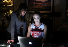 #Glee: Rachel e Kitty trabalham em novas canções