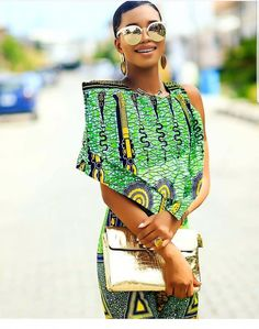 4 Factors to Consider when Shopping for African Fashion – Designer Fashion Tips African Fashion Designers, Latest African Fashion Dresses, African Inspired Fashion, African Print Dresses, African Print Fashion, Africa Fashion, African Dress, Fashion Prints, Fashion Patterns