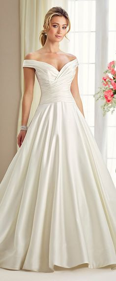 Stunning Satin Off-the-shoulder Neckline A-Line Wedding Dresses With Pockets