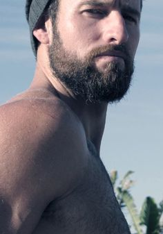 """Clayton Pyle, short beard/long scruff. Wasn't taking him seriously at all, despite that """"obey me"""" look in his eye."""