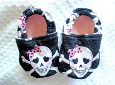 Baby Girl Skull Shoes - Elastic Fit