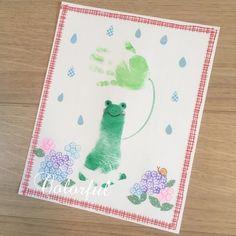 Fingerprint Cards, Kids Canvas Art, Footprint Art, Handprint Art, Baby Art, Infant Activities, Spring Crafts, Baby Photos, Art Lessons