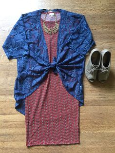 For a great date night out fit check out this XXS LuLaRoe Julia paired with a small lace Lindsay Kimono, add a chunky necklace and your favorite pair of heels and you are good to go!