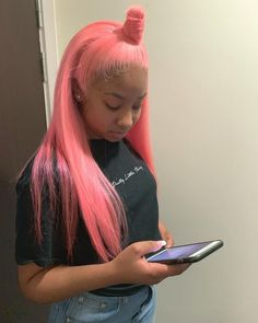 for more popping pins add Black Girls Hairstyles, Pretty Hairstyles, Hairstyle Ideas, Hair Ideas, Teen Hairstyles, Casual Hairstyles, Medium Hairstyles, Love Hair, Gorgeous Hair