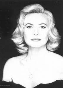 Michèle Torr  Une Madone , une voix , une passion , une carrière sans fin ... J'ai adoré mettre en lumière ses Galas pendant plusieurs années (  3-4 Ans ? )