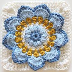 Transcendent Crochet a Solid Granny Square Ideas. Inconceivable Crochet a Solid Granny Square Ideas. Crochet Blocks, Granny Square Crochet Pattern, Crochet Flower Patterns, Crochet Squares, Crochet Blanket Patterns, Crochet Motif, Crochet Designs, Crochet Flowers, Flower Granny Square
