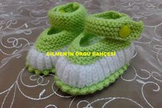Neuen : 35 stitches begin with green rope. Baby Knitting Patterns, Knitting For Kids, Hand Knitting, Crochet Patterns, Knitted Baby Clothes, Crochet Baby Shoes, Crochet Slippers, Pink Lady, Baby Boots