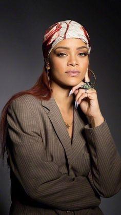 Rihanna photoshoot x SNL promo 2015 Moda Rihanna, Rihanna Riri, Rihanna Style, Rihanna Meme, Rihanna Music, Rihanna Outfits, Rihanna Photoshoot, Rihanna Looks, Bad Gal