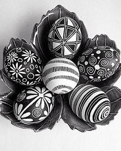 Eggs decorate Easter    FOLLOW US ON: www.bornfuckintrendy.com