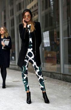 Pants,calça reta, straight, style, look, streetstyle, estilo, outfit, get inspired, get the look, inspire-se, inspiration, inspiração, moda, fashion, trend, tendencia, green, verde, black, preto, white, branco