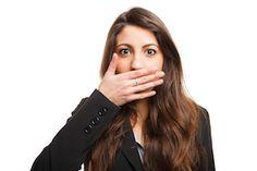 Ups. Mundgeruch!? Die Ursache ist bei jedem vierten Erwachsenen Xerostomie –Mundtrockenheit. Wie Ajona bei der Linderung von Xerostomie und Halitosis (Mundgeruch) unterstützen kann, haben wir mit Themendienst und Themenangeboten für die Medien übersetzt.