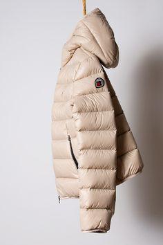 piumino beige, light down jacket Goose Feel