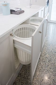 Wäscheecke Laundry Design And Manufacture Laundry Room Remodel, Laundry Closet, Laundry In Bathroom, Hidden Laundry, Laundry Area, Basement Laundry Rooms, Laundry In Kitchen, Laundry Pods, Modern Laundry Rooms