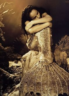 glitter mermaid by yvonne