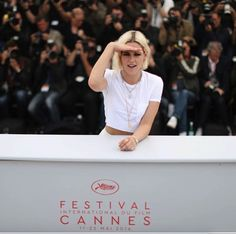 nice Best celebrity outfits from Cannes Film Festival 2016 , I just could not resist creating an A-listers slide-show with the best celebrity outfits fromCannes Film Festival. Have a look at the glamorous red ... ,  #CannesFilmFestival #celebrityeveninggowns #eveninggowns #EveningMake-up #eveningupdos