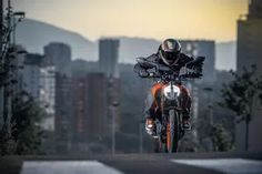 New KTM Duke 390 to Reach Indian Outlets by February Priced Higher Than Outgoing Model Ktm 390 Duke, Ktm Super Duke, New Ktm, Bajaj Auto, Digital Instruments, Motorcycle Manufacturers, Supersport, Dirtbikes, King Of Kings