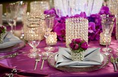 8 Eye-Catching Table Setting Inspirations for Your Big Day - MODwedding Table Setting Inspiration, Wedding Inspiration, Wedding Ideas, 21st Wedding Anniversary, Flower Decorations, Table Decorations, Reception Party, Mod Wedding, Wedding Planning Tips