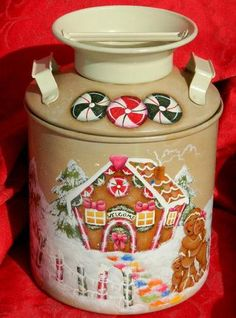 Gingerbread milk can