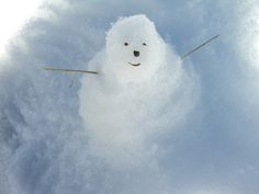 Love this snowman looking up.  Must do.