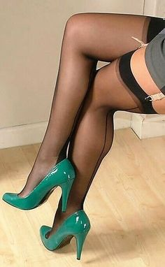 High Heel Nudes features sexy babes in stockings and stiletto heels or hot girls in nylons and high heels, such as black high heels or red high heels Pantyhose Heels, Stockings Heels, Stockings And Suspenders, Stockings Lingerie, Nylon Stockings, Lovely Legs, Great Legs, Sexy Stiefel, Fully Fashioned Stockings
