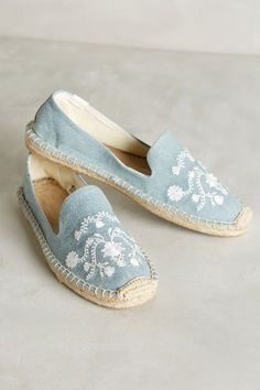 A Pair of Blue & White Embroidered Shoes
