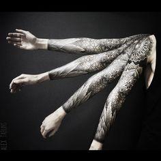Alex Tabuns @alex_tabuns #tattoo #dotwork ...Instagram photo | Websta (Webstagram)