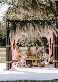 In Bloom Florist, Outdoor Indian Wedding, Hindu Wedding Ceremony, Reception Gown, Hindu Bride, Indian Wedding Decorations, Wedding Looks, Wedding Locations, Bohemian Style