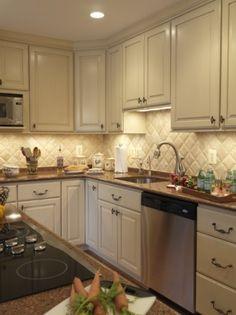 Back splash - traditional kitchen by Case Design/Remodeling, Inc.