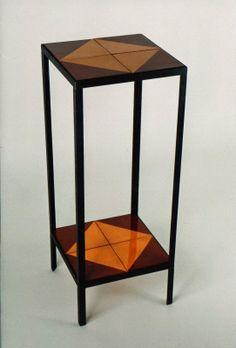 Artesania en ferro. Taula auxiliar Artesanía en hierro. Mesa Iron craft. Table