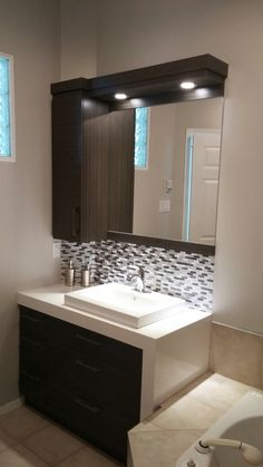 Washroom Design, Bathroom Design Luxury, Bathroom Layout, Modern Bathroom Design, Interior Design Kitchen, Small Bathroom, Floating Bathroom Vanities, Wardrobe Design Bedroom, Bedroom Furniture Design