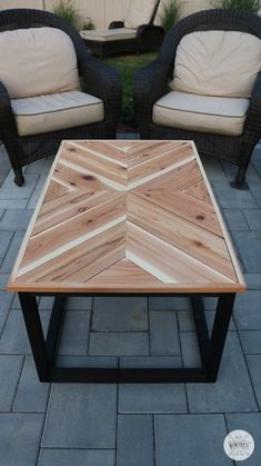 Learn how to make a DIY outdoor cevron coffee table with a wood torched base in just one weekend with free plans & video! Coffee Table Design, Unique Coffee Table, Diy Coffee Table, Decorating Coffee Tables, Garden Coffee Table, Outdoor Wood Table, Outdoor Coffee Tables, Patio Table, Chevron Coffee Tables