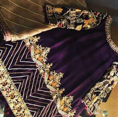 Lulusbyghousia is a global clothing brand. Serving customers with perfect occasional clothes and excellence in hand embroidery. Made to order. For queries kindly message inbox! Simple Pakistani Dresses, Pakistani Wedding Outfits, Pakistani Dress Design, Fancy Dress Design, Bridal Dress Design, Stylish Dress Designs, Embroidery Suits Design, Embroidery Fashion, Hand Embroidery