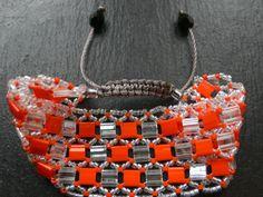 Ce bracelet est en perles Miyuki Délicas de très haute qualité. Perles Japonaises parfaite pour le tissage grâce à leur grande régularité. Le bracelet