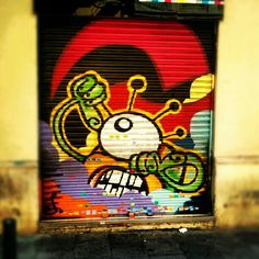 One eyed alien invader #streetart #graffiti #gracia #barcelona #take #me #to #your #leader