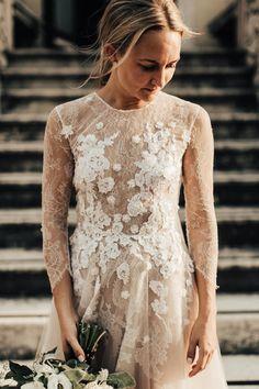 Otilia Brailoiu wedding gown, bridal portrait in Italy Wedding Gowns, Lace Wedding, Bridal Dresses, Photography Portfolio, Bridal Portraits, Italy, Weddings, Fashion, Wedding Dresses