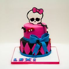 Monster High Decorations Beautiful Cake For Lexi Birthday Celebration Decorating With the Monster High Decorations Furniture bday easy cake for birthday party art supplies cupcake school Monster High Cupcakes, Monster High Birthday Cake, Birthday Cake Girls, 8th Birthday, Monster High Decorations, Easy Minecraft Cake, Sweet 16 Cakes, Superhero Cake, Food Cakes