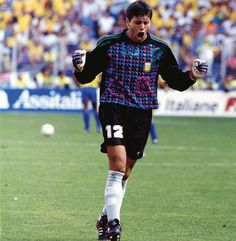 #happybirthday to Sergio #Goycochea - former Argentine goalkeeper most-known for his incredible play at 1990 World Cup. 2-time winner of Copa America (1991 1993)  #Argentina #RiverPlate #millonarios #brest #internacional #racingclub by retro_football_photo