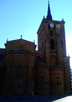 Iglesia de Santa María de Azoague en Benavente.