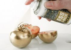 Edible Spray Paint: The spray is completely edible that transforms your food into gold (sort of).