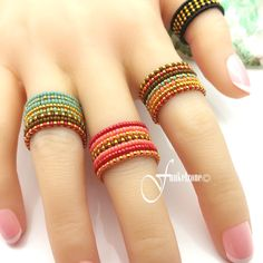 Anklet Jewelry, Seed Bead Jewelry, Cute Jewelry, Jewelry Art, Diy Beaded Rings, Handmade Beaded Jewelry, Beaded Bracelets, Cute Gift Wrapping Ideas, Crochet Rings