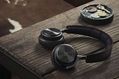 Bang & Olufsen have released the all new BeoPlay H8 headphones. The latest addition to its headphone lineup will come in two colors: gray-hazel and cream. Design upgrades include a leather band an...