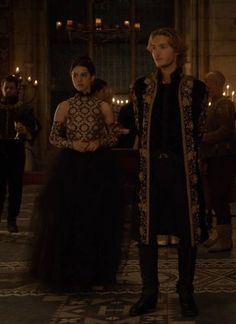 I'm determined to find events where I can rock dresses like Queen Mary. Reign Mary, Mary Queen Of Scots, Queen Mary, Marie Stuart, Reign Tv Show, Tv Show Couples, Reign Dresses, Reign Fashion, Lace Skirt