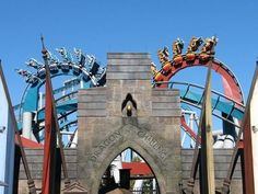 Be sure to sit at the front if u want the thrill - at Universal Studios Orlando Harry Potter (Dragon Challenge ride) fun-stuff