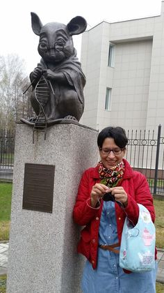 Knitting together with the Monument of Laboratory Mice in Novosibirsk, Russia.